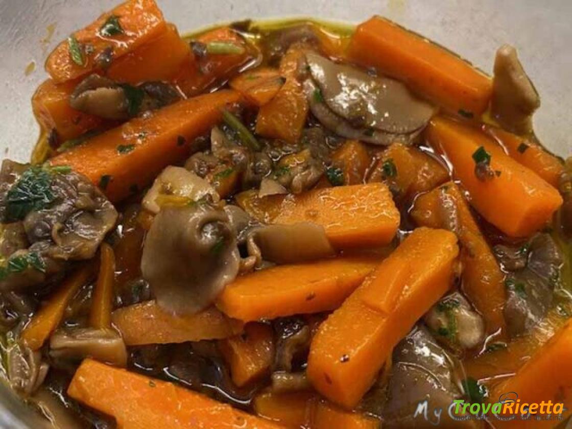 Contorno con carote e funghi – Slow Cook con Companion Moulinex Ricetta di @My_CuCo qui:   #ricette #food #foodblog #cucina #cucinaitaliana