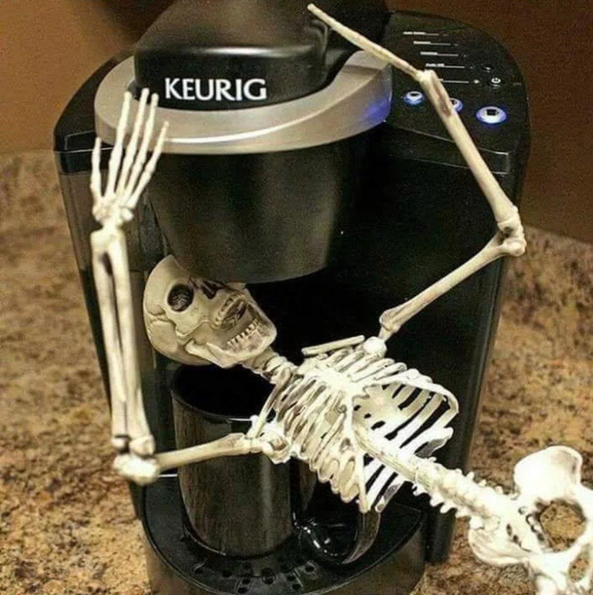 #SaturdayMorning get me more coffee. @Strongislandni2