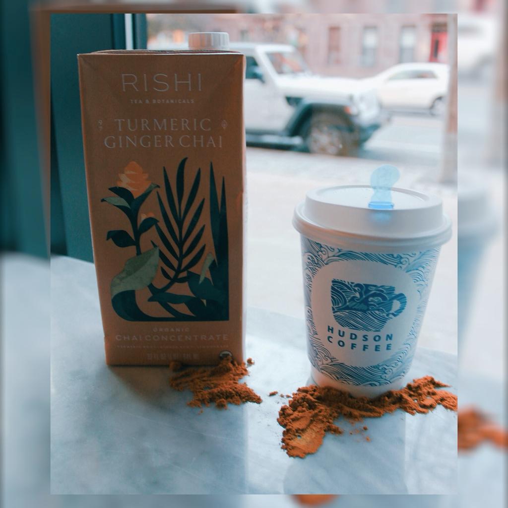 Turmeric Ginger Chai, a perfect blend of deliciousness! #coffee #coffeeshop #latte #latteart #espresso #hoboken #love #music #tbt #friends #beanvaultcoffee #hudsoncoffee #drinks #energy #hobokengirl #drinkbettercoffee #tea https://t.co/1eU3QzBoev