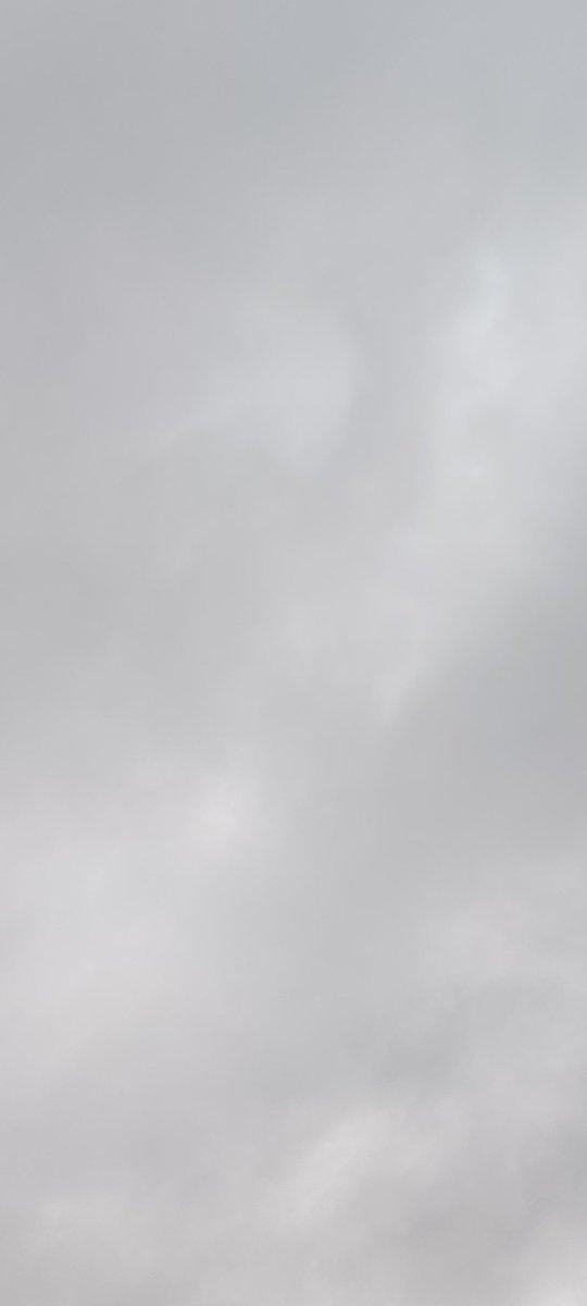 Same sky, six hours later....
