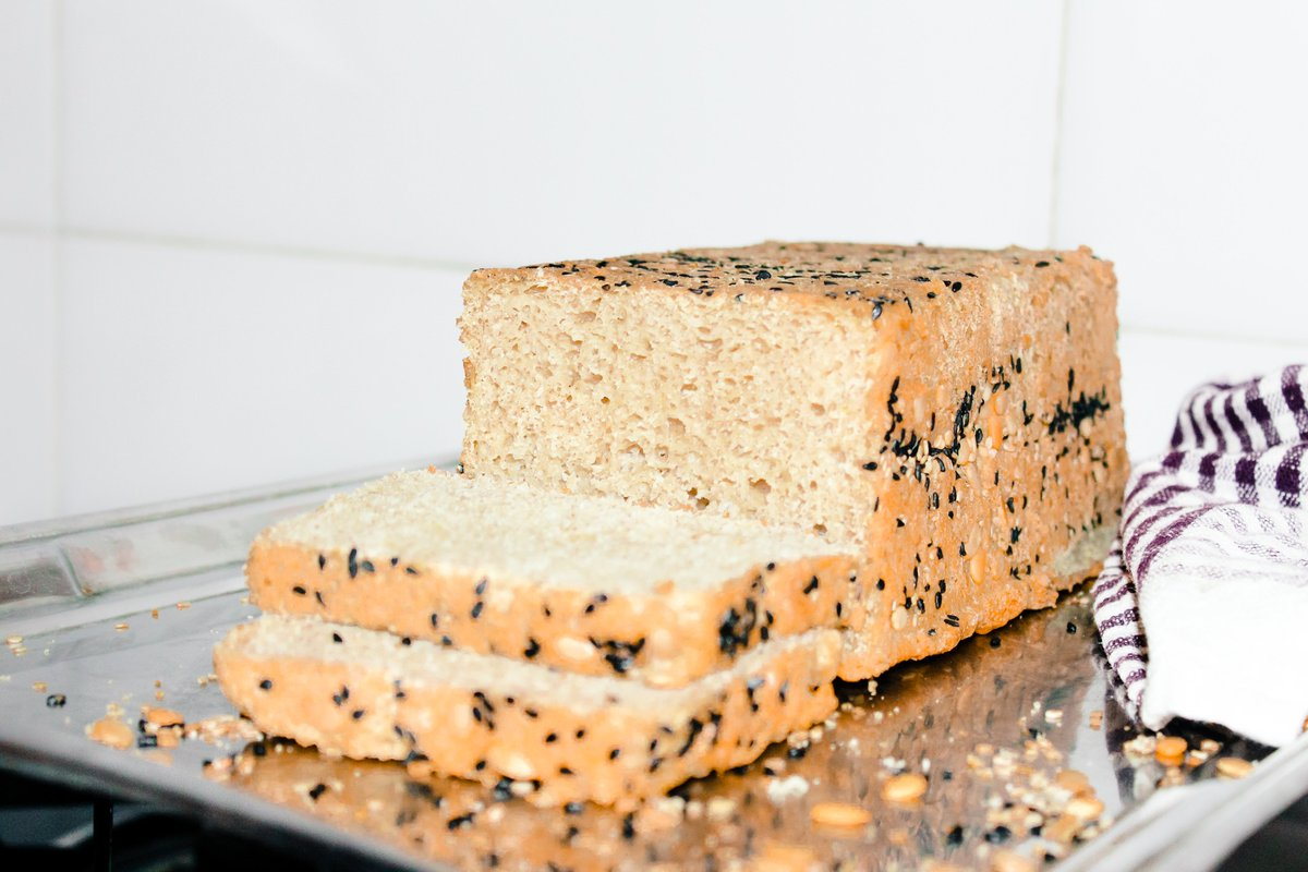 Here's my homemade Multigrain Bread. Bake your bread at home and save yourself from additives, preservatives, & synthetic sugar. https://t.co/XJE4AMGwp4 #baking #homemade #food  #foodie #instafood #foodphotography #cooking #delicious #baker #bake #bread #foodstagram #love #bhfyp https://t.co/fA870l3o5k