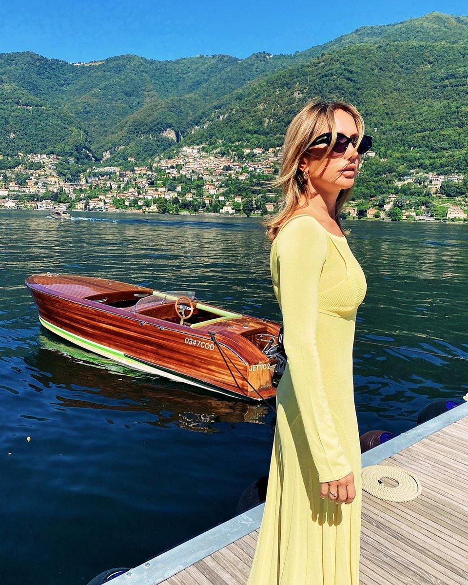 Take us away to your favourite Italian location. . . . #starlino #starlinomoments #aperitivo #spritz #botanicals #grapefruit #orange #lemon #cocktails #cocktail #vermouth #italianapertivo #italy #hotelstarlino #rosé #italian https://t.co/rY9DvnhlSU