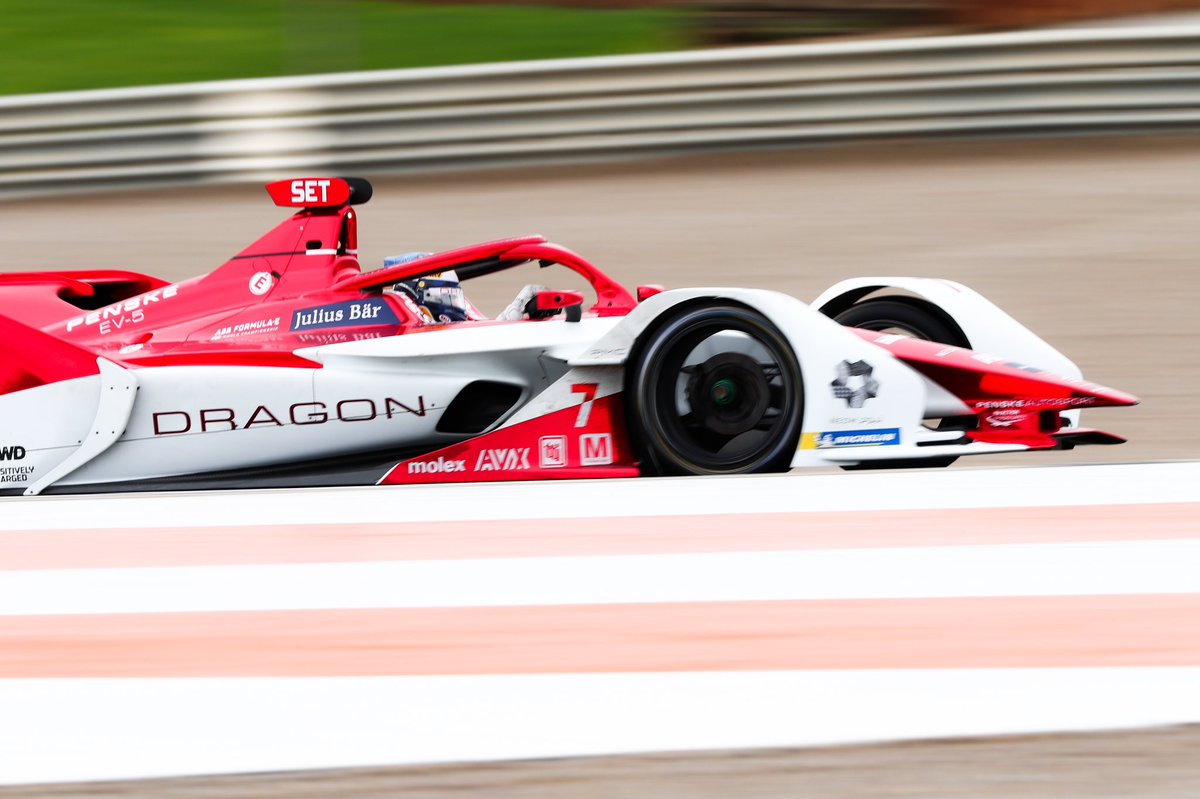 Our first day of #WorldChampionship preseason testing is officially in the books. We look forward to faster times and more stunning shots of our Season 7 challenger tomorrow! #DragonPenskeAutosport #redchrome  #FormulaE #DragonRacing #PenskeAutosport #PositivelyCharged https://t.co/V482DomcEB