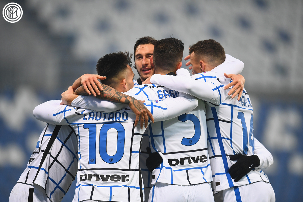 That's what we like to see 🖤💙  #SassuoloInter #FORZAINTER