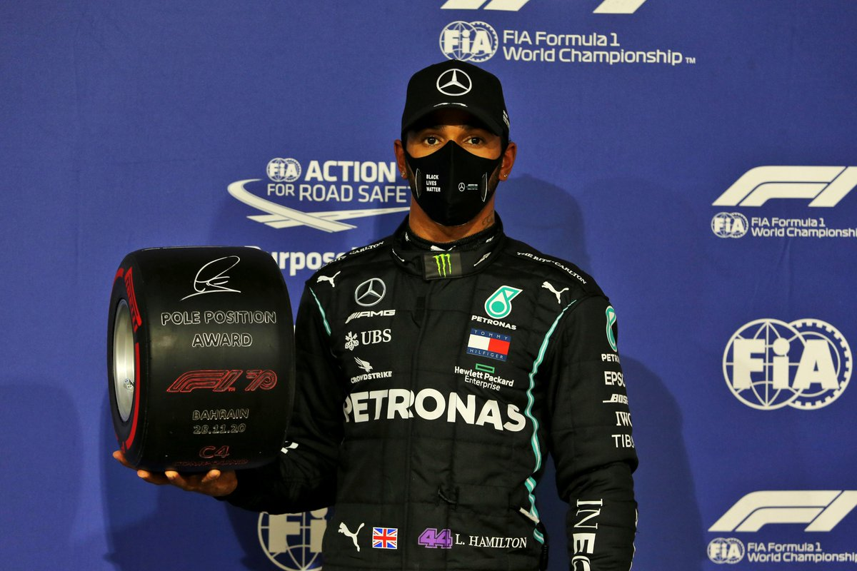 Pole number 98 for @LewisHamilton after a qualifying masterclass in Bahrain 👏  And that means another Pirelli Pole Position Award for the champ 👀  #BahrainGP 🇧🇭 #F1 @pirellisport #Fit4F1 https://t.co/o3RRf6U72N