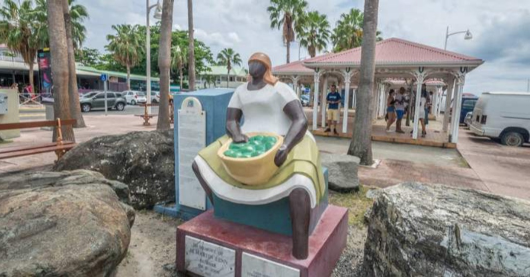 Who can tell us the name if this statue and where on the island its located?🤔 #SXMCulture #SaintMartin