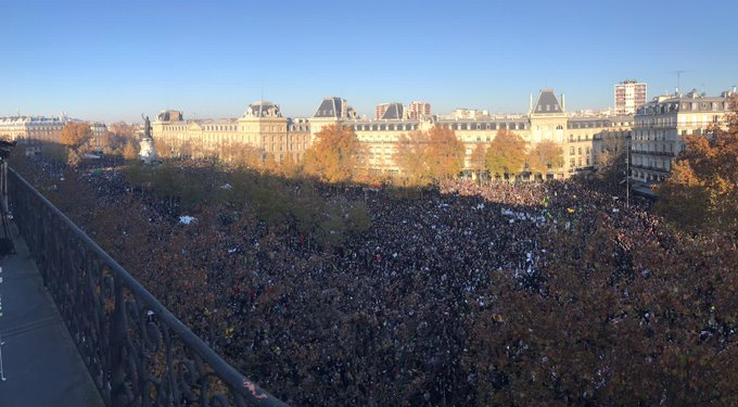 Mainstream media, what is happening in Paris (France)?  https://t.co/tRyQSa6bTR