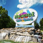 Image for the Tweet beginning: Margaritaville Lake Resort is offering