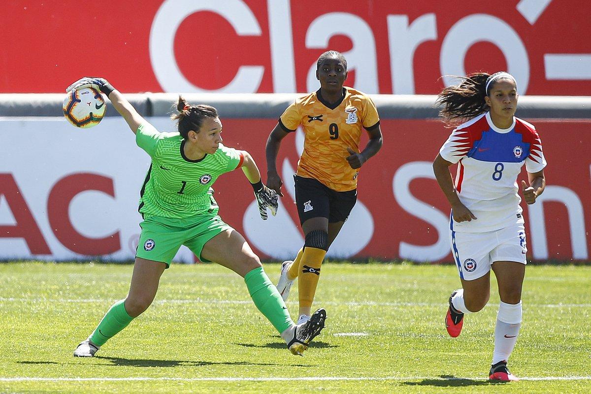 😔 Défaite (1-2) pour le Chili 🇨🇱 de @TIANEendler face à la Zambie 🇿🇲 L'occasion pour une revanche ce mardi avec une nouvelle confrontation 👊