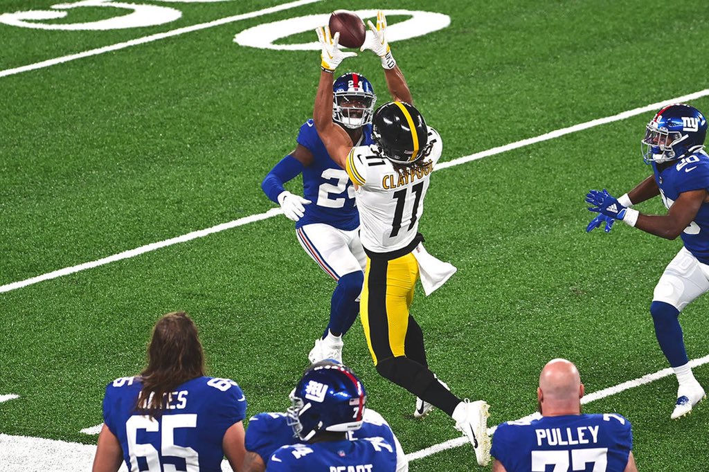 Chase Claypool's 31.1% deep target rate (targets over 20+ yards) is one of the best in Steelers' history dating back to 2010. Deep balls account for just over 26% of his receptions so far this season. @Steelersdepot @Alex_Kozora @Ross_McCorkle #steelers #HereWeGo