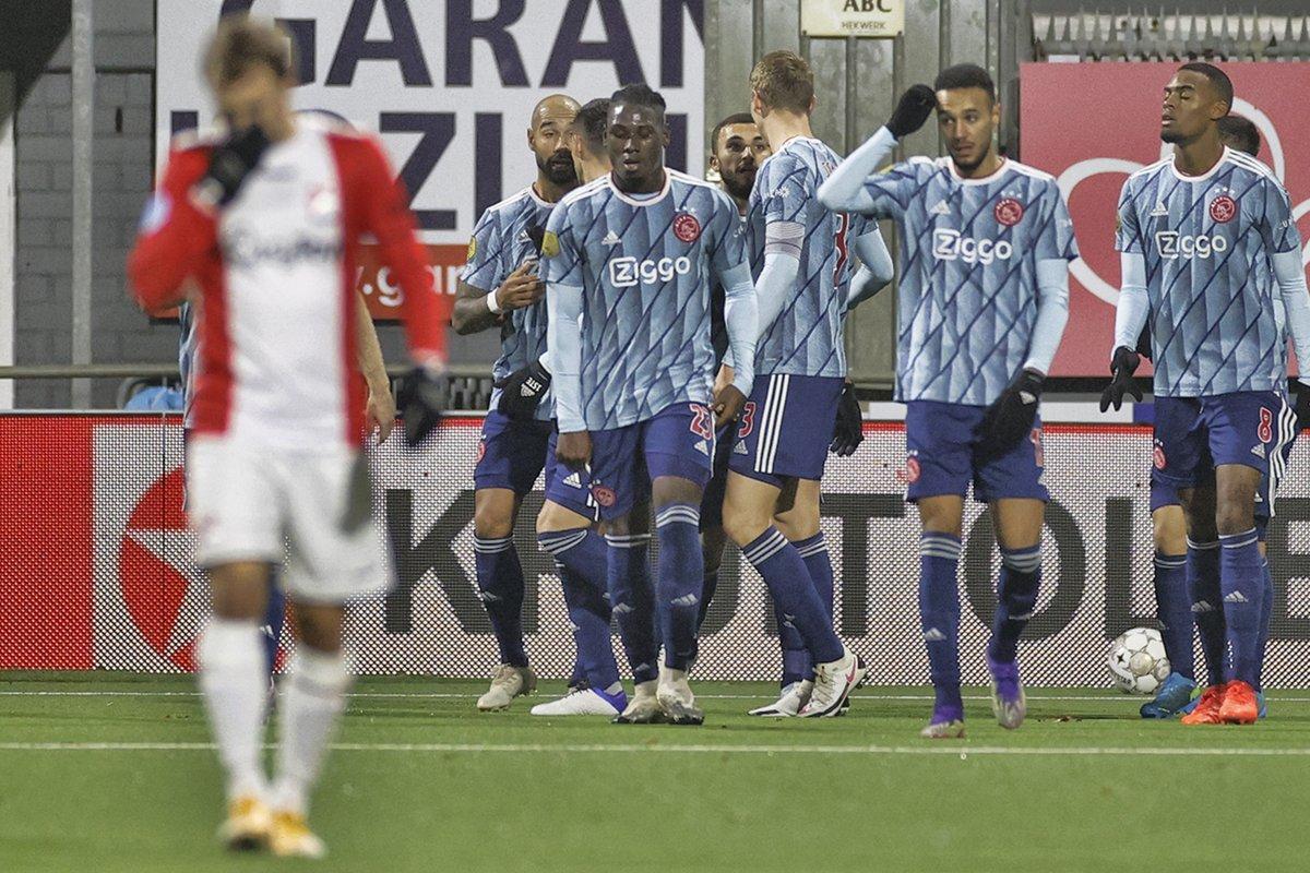 ⚡️ Ajax, deplasmanda Emmen'i 5-0 ile geçti.  🔥 Ajax'ın bu sezon 5 ve üzeri gol attığı maçlar: 👇  ▪️ Ajax 5-1 Heerenveen ▪️ VVV-Venle 0-13 Ajax ▪️ Ajax 5-2 Fortuna Sittard ▪️ Ajax 5-0 Heracles  👉 https://t.co/LFMhwDA9XR https://t.co/zHA3FZouj5