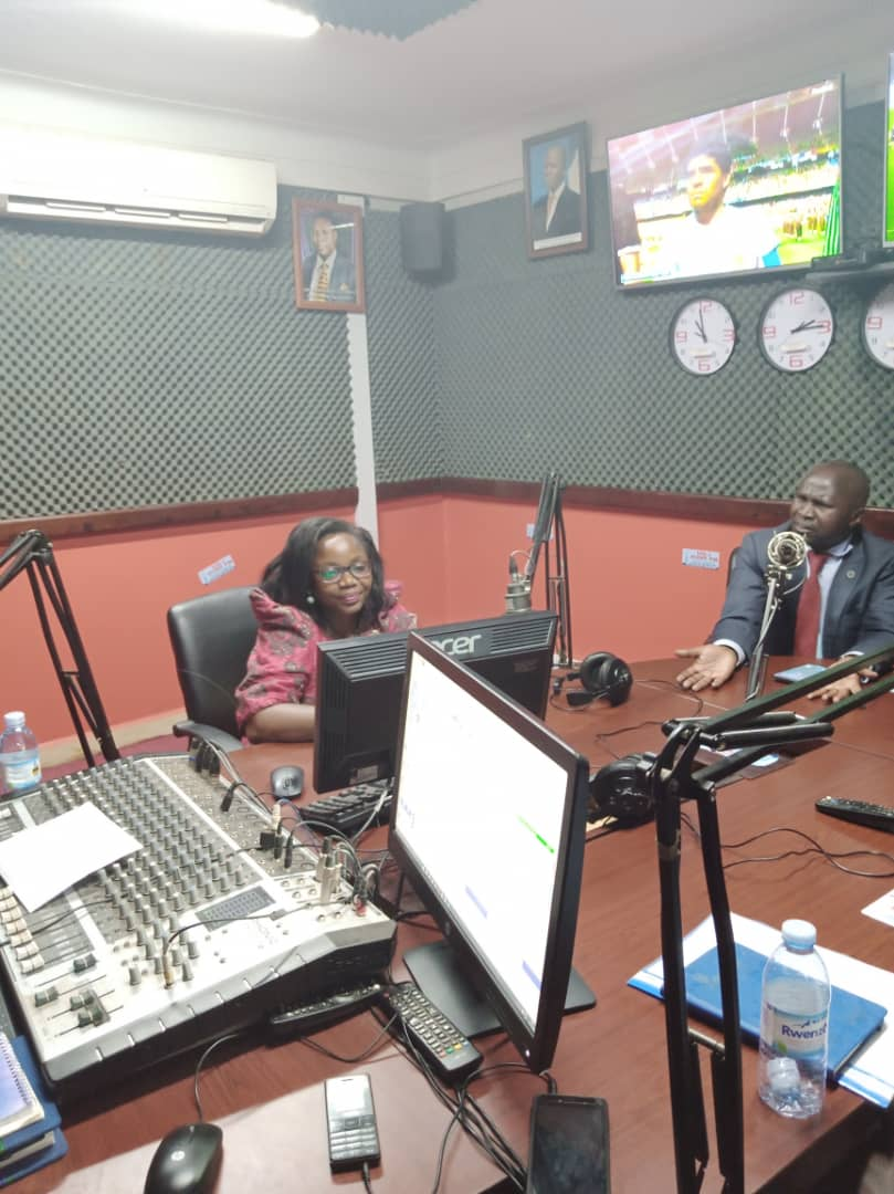 Yesterday, Saturday, I attended a radio talk show on @PointFM in Mubende district hosted by Sam Balaba Magala discussing governance issues around elections in Uganda. I was on the panel with Hon. Theodore Ssekikubo, Mr. Kayiira Peter& Natigo. #Terikuzikiza #Weareremovingadictator https://t.co/R8YvfHyYsG