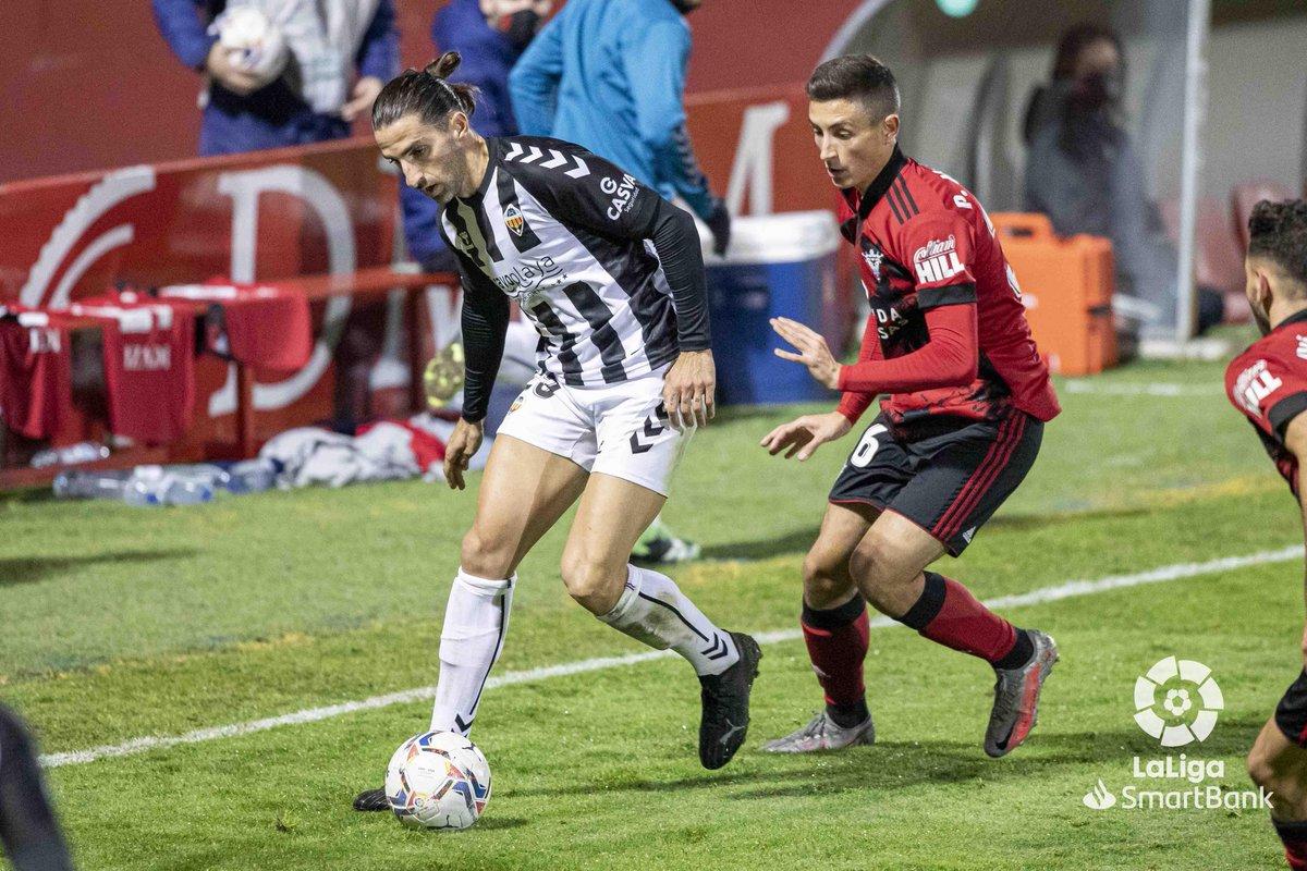 FINAL #MirandésCastellón 1-1  ¡@CDMirandes y @CD_Castellon se reparten los puntos en Anduva en #LaLigaSmartBank!