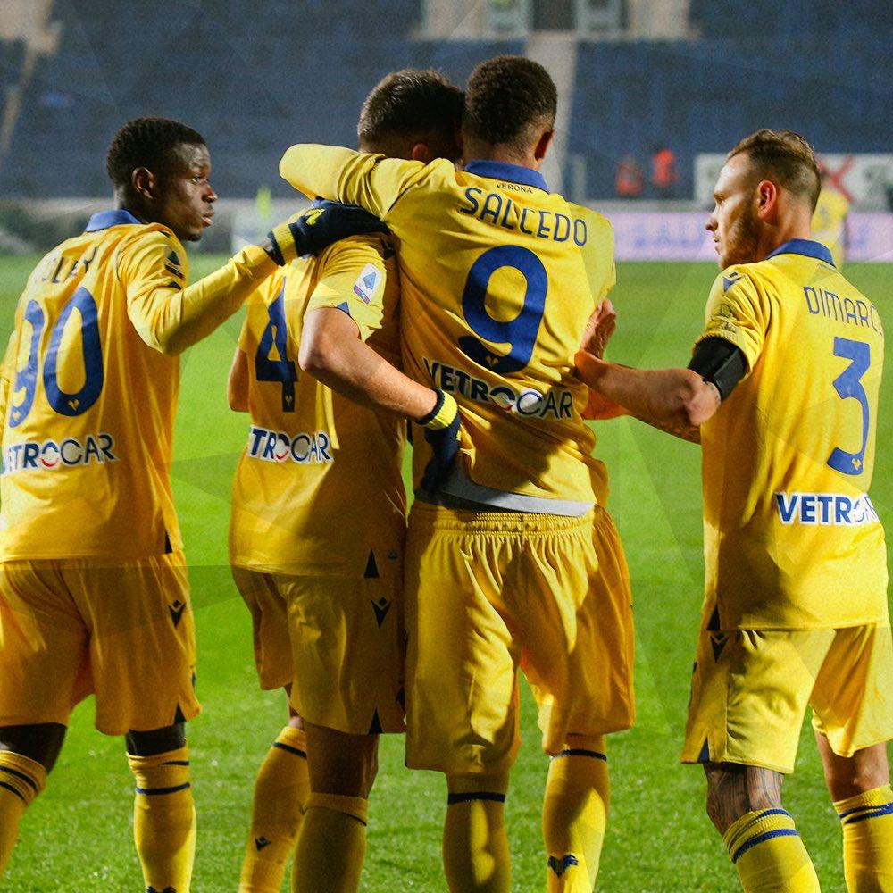 Questa squadra ha un cuore GRANDE COSÌ 💛💙 #AtalantaVerona #DaiVerona #SerieATIM