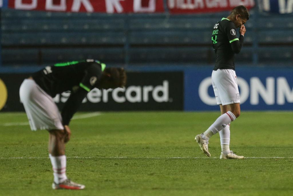 #YoEscuchoElVBARCaracol  ⚽🇵🇪¡Desciende un grande del Perú! Alianza Lima perdió 2-0 ante Sport Huancayo, en su partido decisivo por mantener la categoría y jugará en la segunda división por segunda vez en su historia.