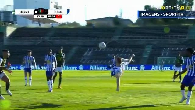 ⚽ Vota no melhor golo de novembro 👇 1 ▶️ @LuisFDiaz19 2 ▶️ @MehdiTaremi9 3 ▶️ Sérgio Oliveira 4 ▶️ @AntonioMtnez_29 5 ▶️ Luis Díaz  #FCPorto #NaçãoPorto https://t.co/uxHWal8ZXu