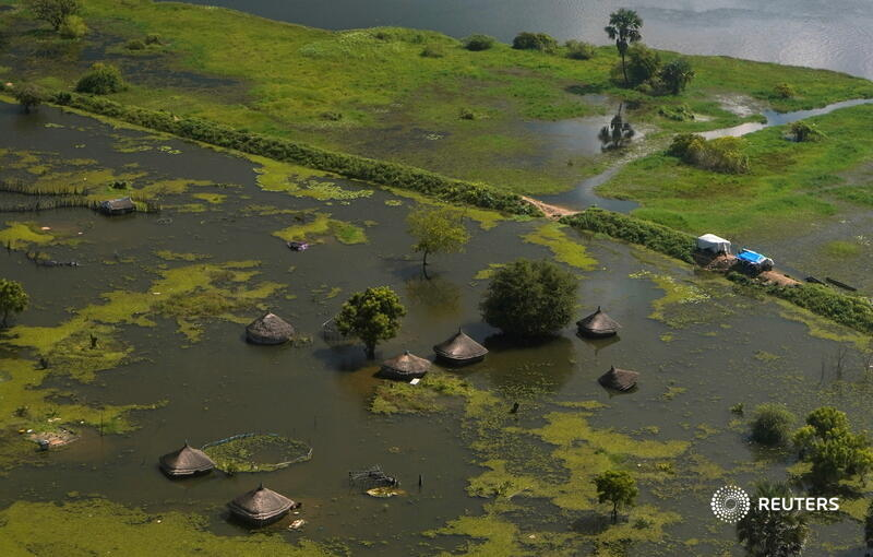 An aerial view shows flooded homes within a village after the River Nile broke the dykes in Jonglei State, South Sudan. More of our top photos from 2020: https://t.co/Zoj3HJHAJu 📷 Andreea Campeanu https://t.co/yBMEoY0rf6