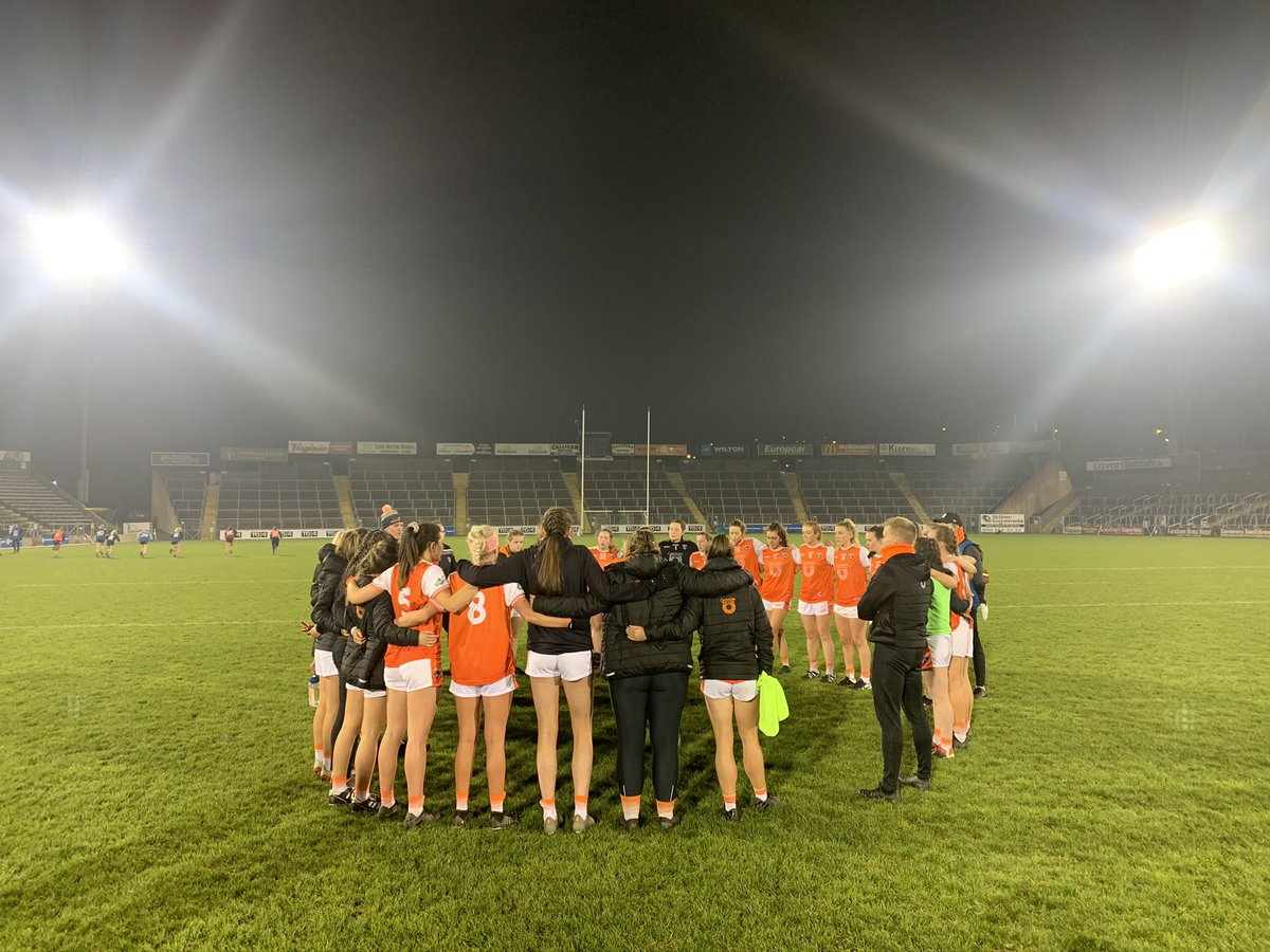 Proud is an understatement 🧡🤍  This bunch of girls will be back bigger and better💪   Proud of the fact they are gracious in defeat and that they will rebuild and come back stronger🧡🤍  #proud