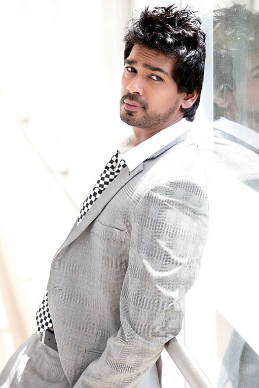 'I see comments that people in the industry don't have the guts to speak up. Maybe they have far more than me to lose' — Nikhil Dwivedi    @Nikhil_Dwivedi