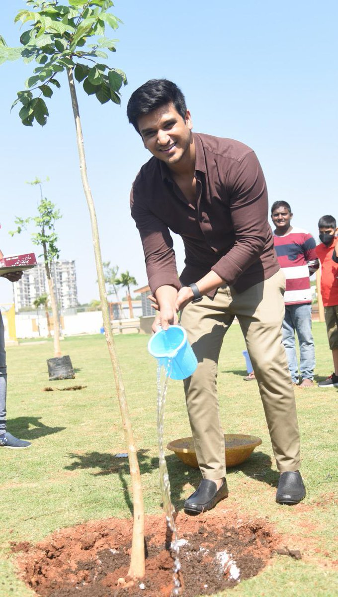 @actor_Nikhil accepted #HaraHaiTohBharaHai #GreenindiaChallenge   from @Rajaraveendar Planted 3 saplings. Further He nominated #18pages entire team @anupamahere #avikagor @swati_colors  to plant 3 trees & continue the chain..special thanks to @MPsantoshtrs for taking this intiate