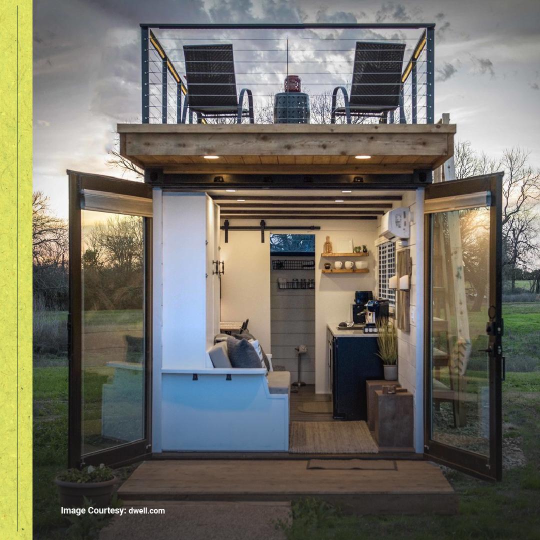 Salah satunya adalah #microhouse concept! Untuk membangun #rumahmikro kamu bisa memanfaatkan #kontainerbekas. Rumah kontainer hanya memerlukan lahan seluas 26,2 meter persegi. Meski mungil, rumah bisa dilengkapi ruang tamu, dapur, kamar mandi, dan kamar tidur. https://t.co/PomnlV288P