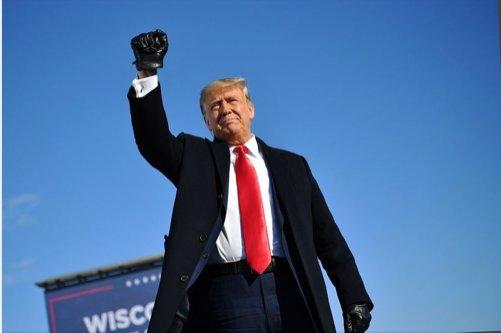 Trump sta facendo tutto questo casino per lanciare delle nuove TV di estrema destra?