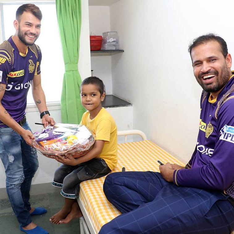 Happy birthday bhai , please continue to put smiles on our faces😀@iamyusufpathan