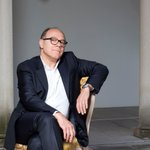 Image for the Tweet beginning: BUON COMPLEANNO #CarloVerdone