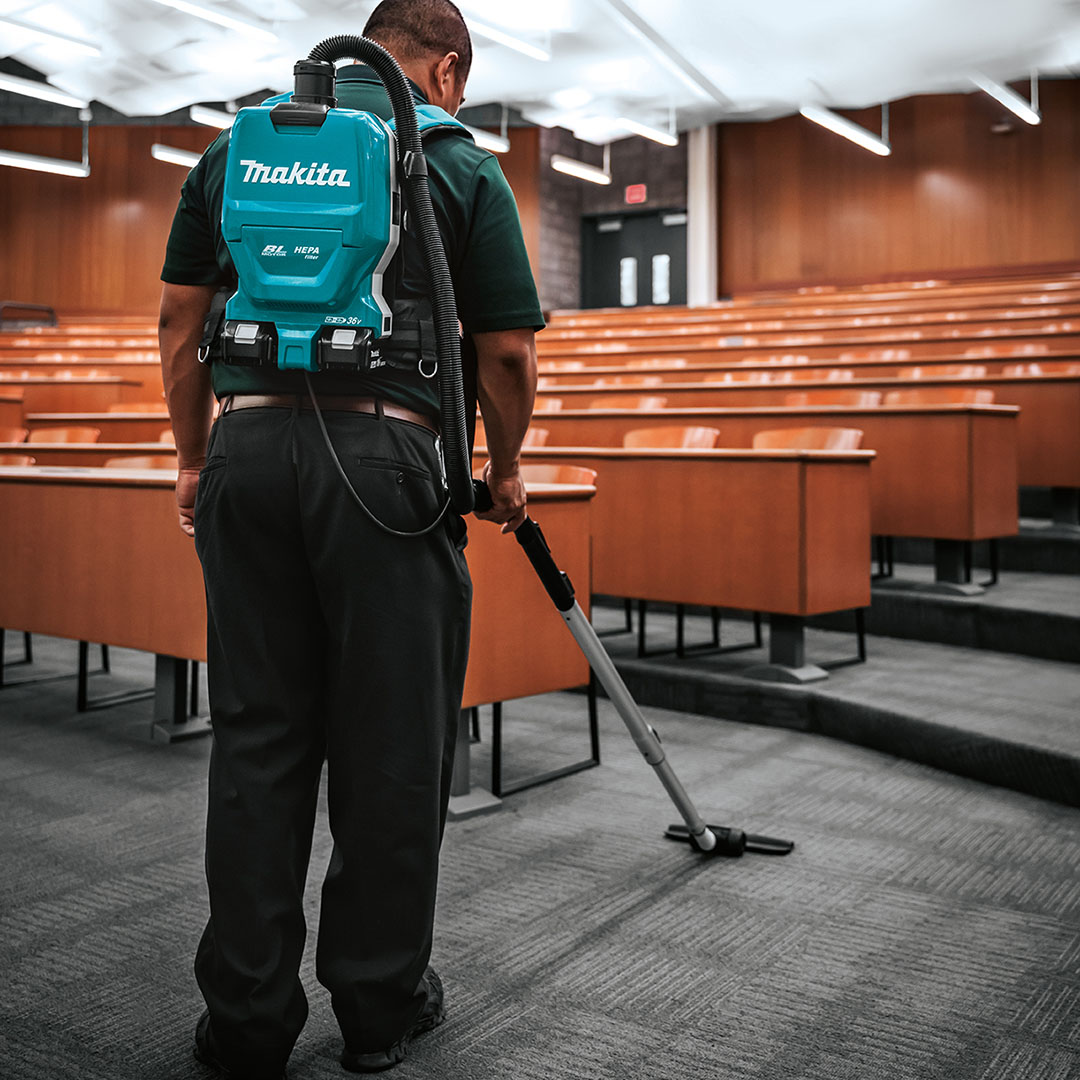 Which LXT Cordless Backpack Vacuum is right for your team? Higher capacity or less weight. Learn more:    #makitausa #makitatools #backpackvacuum #cordlessvacuum #xcv17 #xcv09 #lxtadvantage #issashow