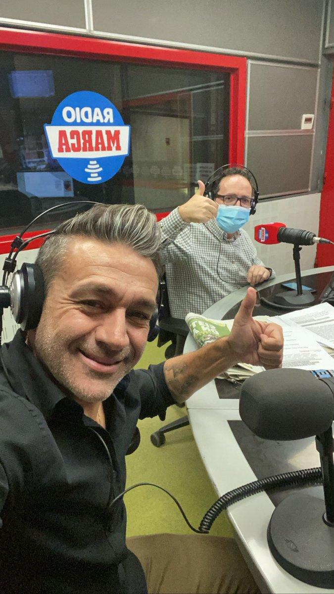 La mejor #TerapiaDeGrupo con el maestro Vicente Ortega!!👍🏻😉 @RadioMARCA 🎙⚽️ https://t.co/aSa4Q8bejY