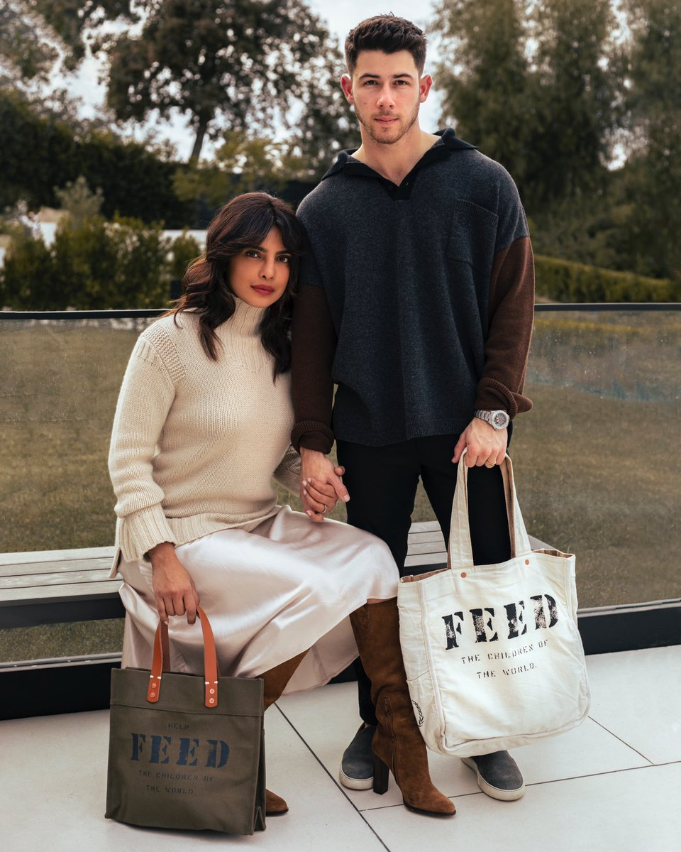 .@nickjonas and I are so honoured to be part of the 'Feed' holiday campaign this year. Our friend Lauren Bush Lauren's incredible brand Feed raises awareness and money for hunger and food insecurity.   (1/3) https://t.co/ZQ6KptU4dB