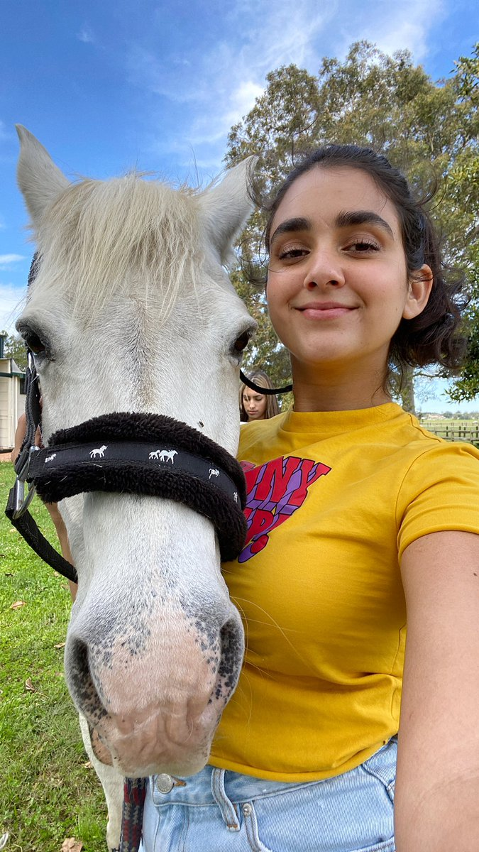 Horsies need self-care too, you know 🏇 😂    #TakeABreak today with actress @yoyogeraldinev and her bff Mickey 💕