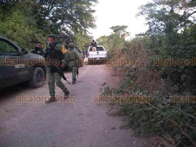 #ÚltimaHora ⏰ | Caen 2 presuntos implicados en homicidio de Alcaldesa de #Jamapa. Gobernador informó de detenciones a 6 días del asesinato de Florisel Ríos Delfín.  https://t.co/AKup43Tr99 #ChécaloEnAlCalor https://t.co/iTw3MSv7v2