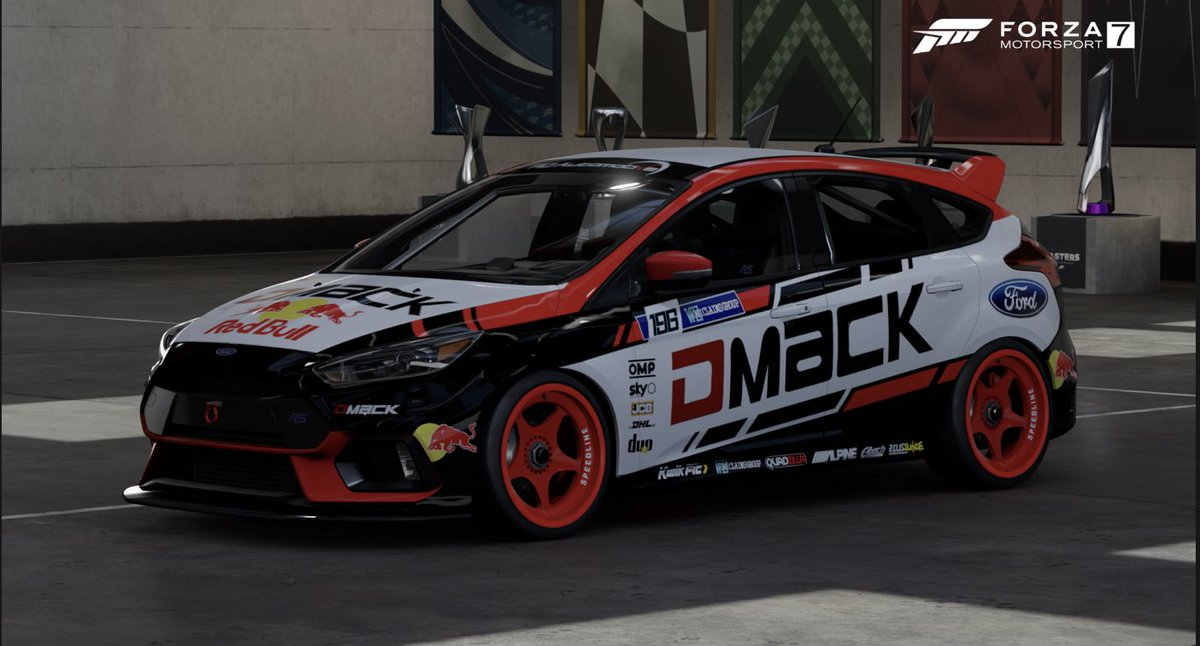 Thought I'd change it up from the #RedBull paints I've been doing so here's my @DMACK_Tyres @forduk #focusrs #forzashare #racecar #VirtualPhotography #forza7 https://t.co/9twauhi7IS