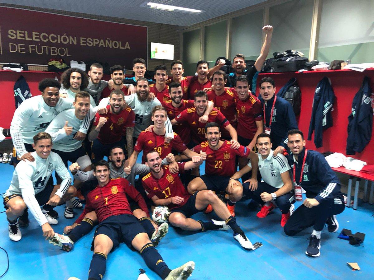 ¡Enhorabuena para @SeFutbol Clasificados para el Final Four de #UEFANationsLeague! 🎉🎊⭐️🇪🇸  #SomosEspaña  #SomosFederación  @adidas_ES @iberdrola @tuSEAT @Finetwork @Pelayo_Seguros @Iberia @SEUR @halconviajes @cabreiroa @sanitas @AtmBroadcast @elgansospain @LUISENRIQUE21