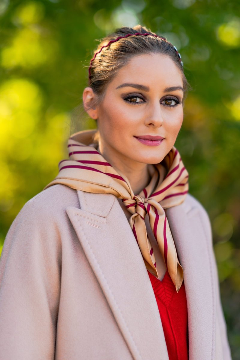 🎉 It's here! Just in time for the holidays, these fine silk scarves come in two sizes and multiple combos of my favorite colors for a chic facial covering, neckerchief, head wrap, bag accessory.. the list goes on! Check out the full capsule https://t.co/Rx0KLyf1C5 Happy Shopping https://t.co/IGxcA05ayM