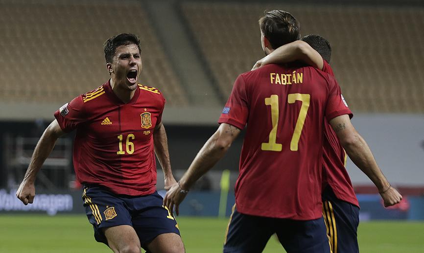 📺 RESUMEN | La @sefutbol brilla y consigue en La Cartuja la mayor goleada de su historia a una selección campeona del mundo 💫  🇪🇸 6-0 🇩🇪  🔗   #SomosEspaña #SomosFederación