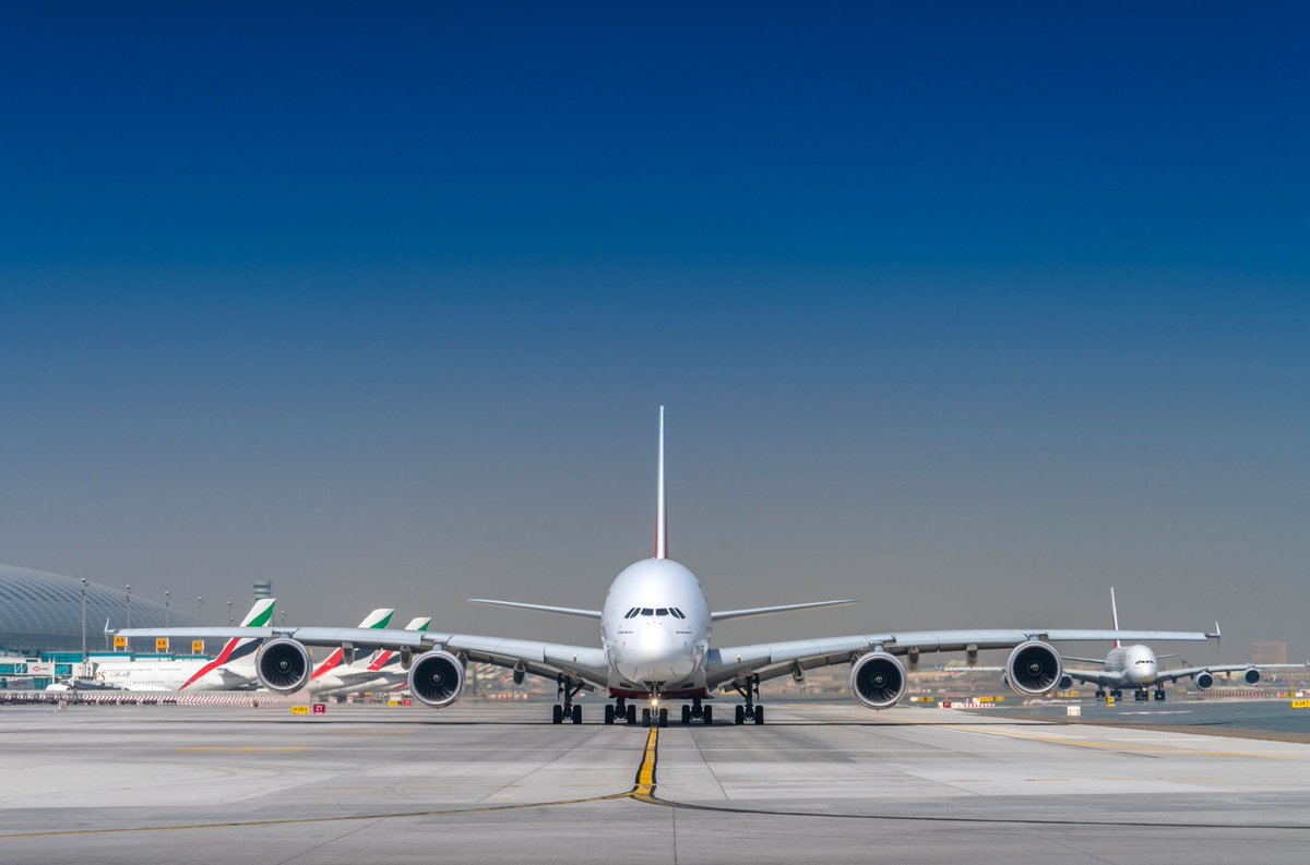 Emirates expands @Airbus A380 deployment, adds services to UK & Russia to meet travel demand.    Fly the Emirates A380 daily to Moscow from 25 Nov, 4x daily to London Heathrow from 27 Nov & 6x weekly to Manchester from 2 Dec.  @DXB #FlyEmiratesFlyBetter
