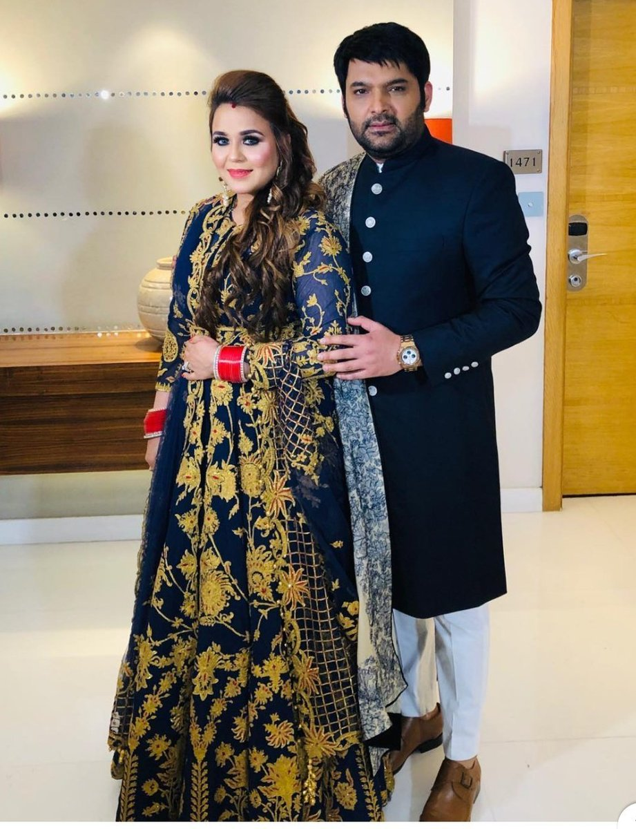 Happy happy happy birthday 🥳🥳🎉🎉 to the Queen of our King @KapilSharmaK9 's heart and very beautiful @ChatrathGinni mam....keep smiling and be happy always 🤗🤗😊