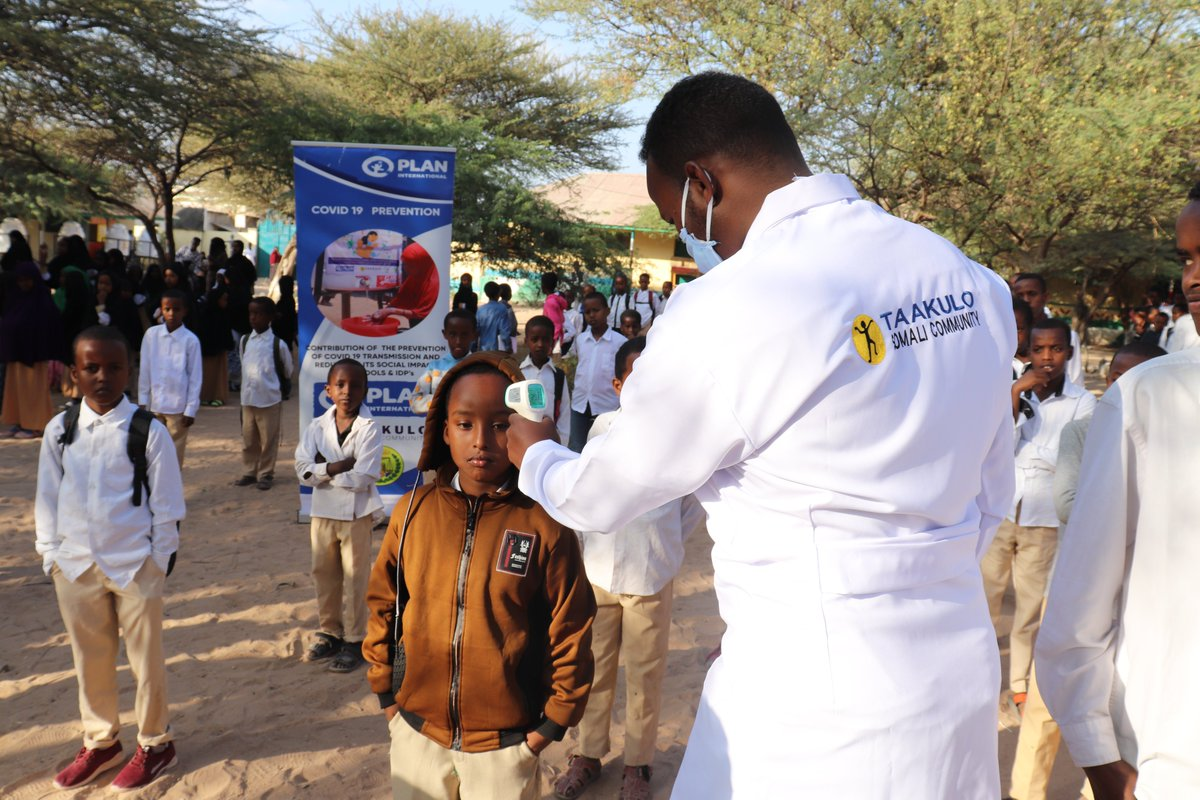 As a preventive measure against #covid19, @TaakuloSomali  has provided disinfection tunnels, face masks, handwashing facilities, and other hygiene materials to three primary schools in Hargeisa.@PlanUK #planinternational @decappeal #decappeal @PlanGlobal @PlanNederland @PlanEU