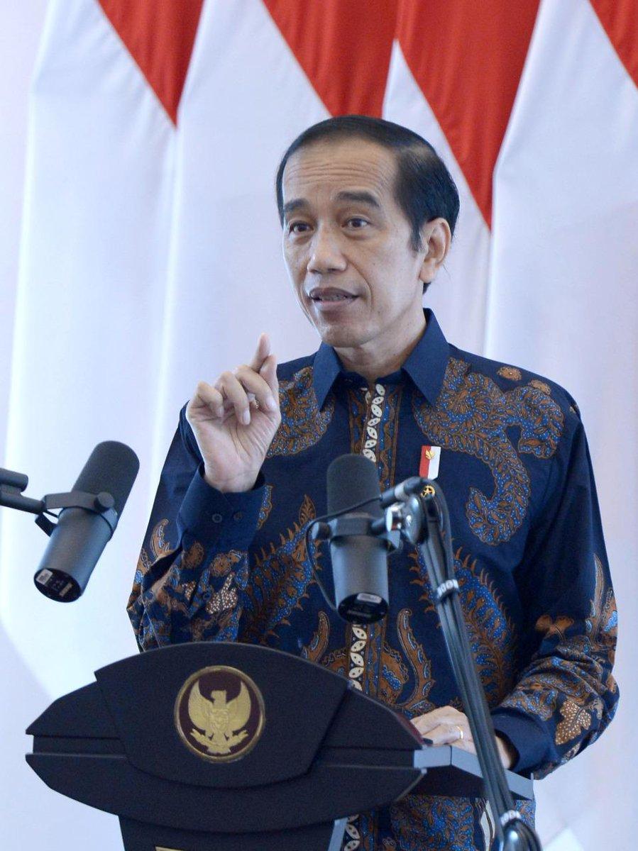 Per hari ini, rata-rata kasus aktif Covid-19 di Indonesia 12,73 %, jauh lebih baik dari rata-rata dunia yang 27,97 %. Semakin hari semakin baik. Begitu juga rata-rata kesembuhan yang kini 84,02 % sementara rata-rata dunia 69,62 %.  Ini harus kita jaga dan perbaiki bersama-sama.