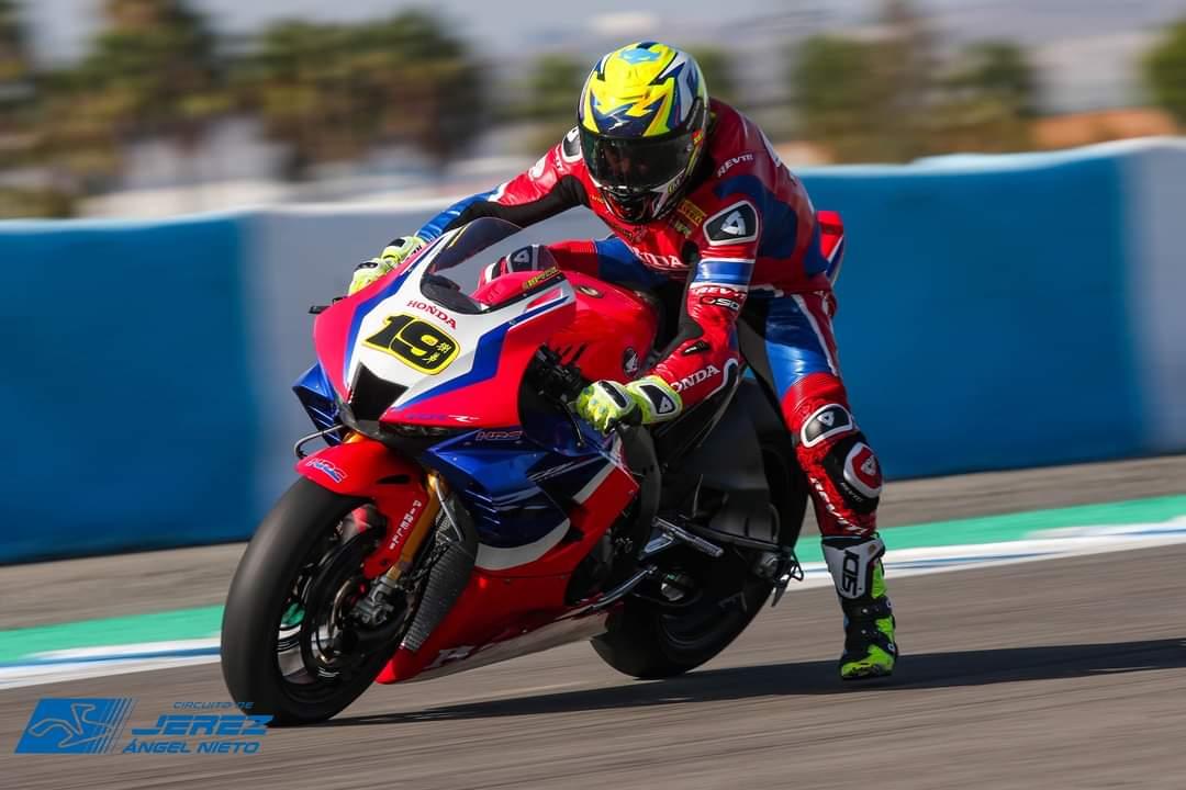 World Superbike et Supersport 2020 - Page 3 EnH8F6fXUAA9pPx?format=jpg&name=medium