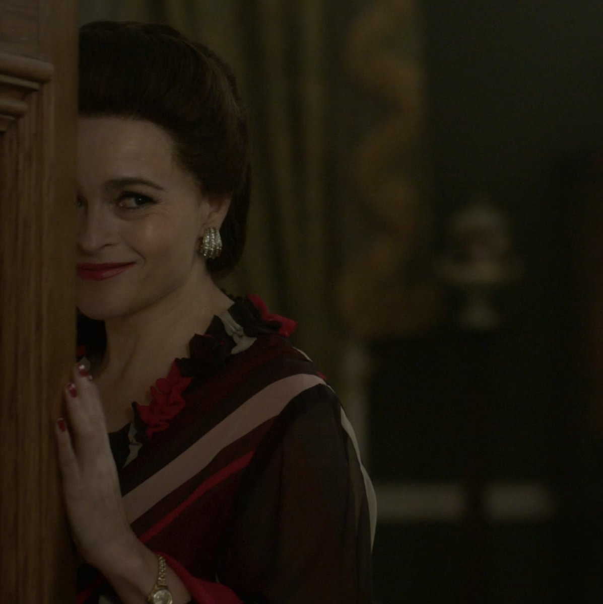 Good morning! Heres Helena Bonham Carter dancing to David Bowie in Season 4 of The Crown. Youre welcome.