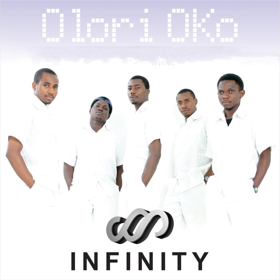 #Np OLORI OKO  BY INFINITY  #RoadShow with @iamdorkong   #deekay  #BeSafe  #AdoptionDay #Roadsafetyweek #OldiesButGoodies #OldSchoolWednesday   Listen live: https://t.co/JVTMuV7sdn https://t.co/V80pPaFvJf
