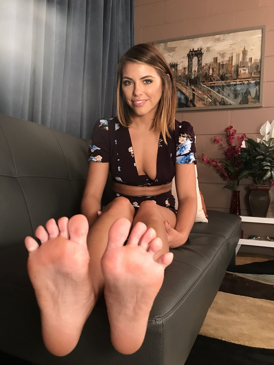 Free footjob, home made pictures