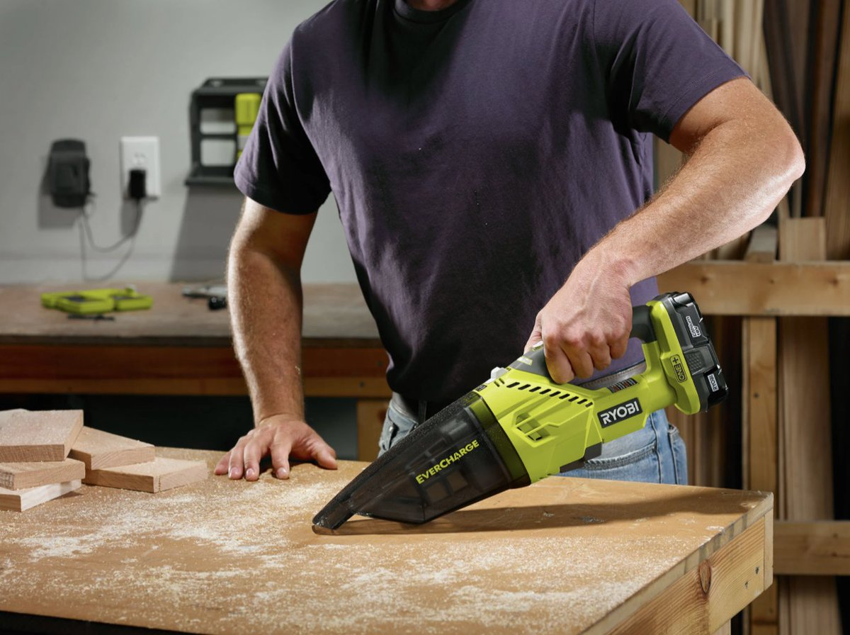 From crumbs in car to sawdust in the shop, the 18V ONE+ EverCharge Hand Vacuum Kit provides easy and portable clean-up wherever you need it!