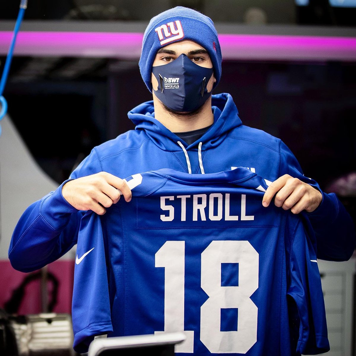 We know who @lance_stroll is rooting for on Sundays 🏈   Go Big Blue! #TogetherBlue @Giants @NFL https://t.co/UiKgF7e0px