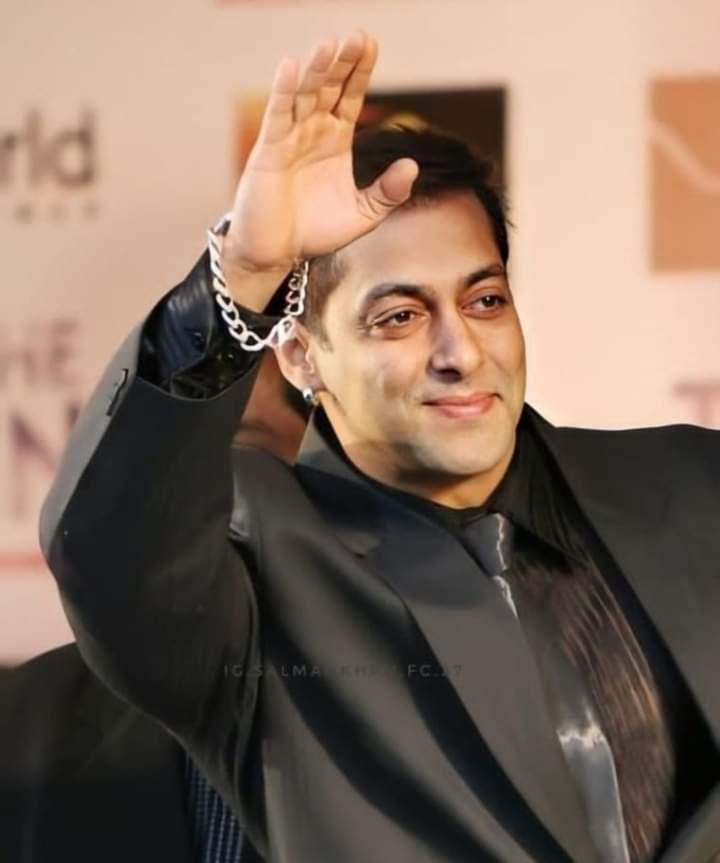 "☆☆-""#Good Night All of You,😴😇😴  ::-: @BeingSalmanKhan #SalmanKhan  And #Nadeem_Ali_Khan  ::-: #Radhe #TereNaam #Sultan #Dabangg3 #BeingHuman 💔 :-:: 38DAYS TO SALMANs BDAY 🎂 ::-: #Sallu #BhaiJaan #Salman_Sir ❤ #Khan_Brother #TiGER 🐅 #Radhe #DiwaliRadheKi #Diwali2022 Main."