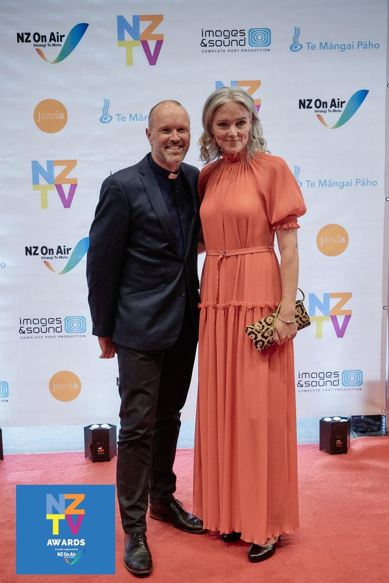 Hanging at the NZTV Awards last night with my good friend @petrabagust for Media Chaplaincy NZ. Petra got asked who she was wearing (designer). My answer for myself would have been 'Savemart and Clerical.' 😂 So many good people in the room for a wonderful evening. #nztva2020 https://t.co/lxbbu8EOR9
