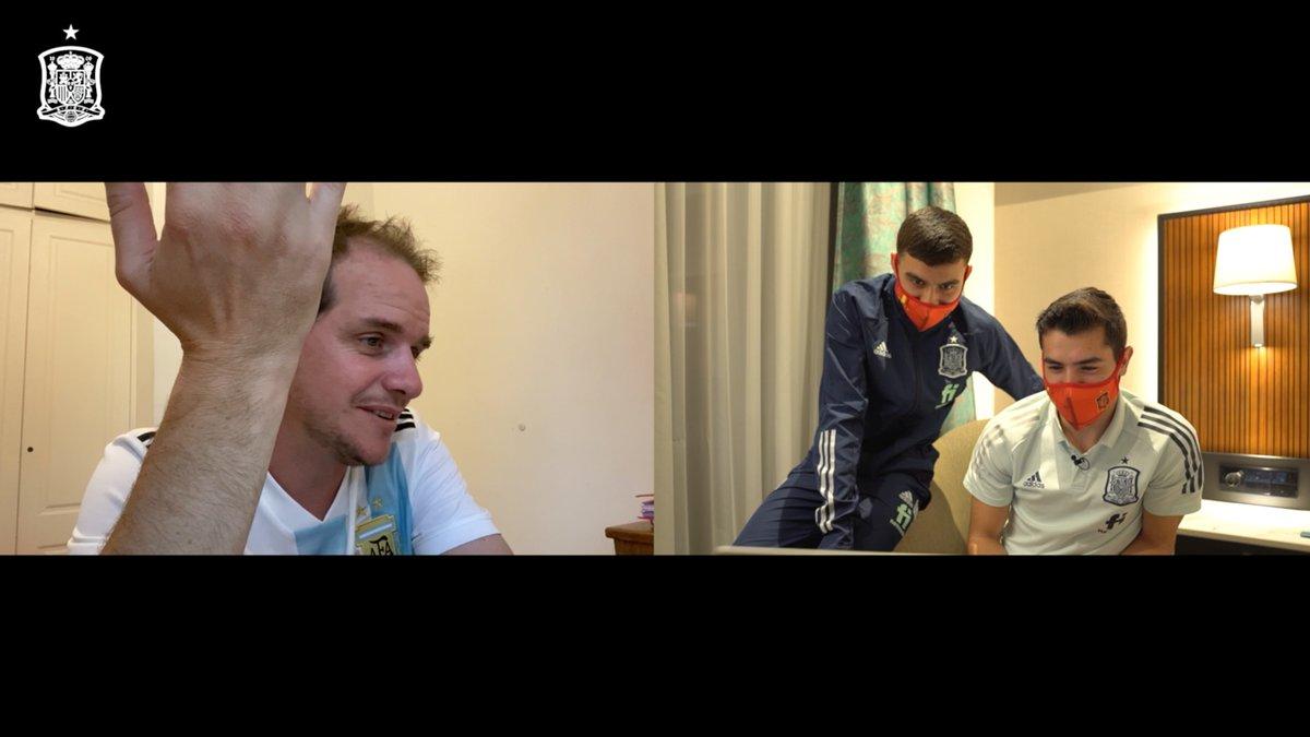 🤣 ¿Qué puede salir mal en una charla entre @Brahim y @jerofreixas?   🇪🇸🤝🇦🇷 El futbolista de la @SeFutbol Sub-21 y el youtuber argentino más famoso del pasado mundial comparten un rato MARAVILLOSO entre anécdotas y risas.  😜 ¡¡¡ESTE VÍDEO ES IMPERDIBLE DE PRINCIPIO A FIN!!!